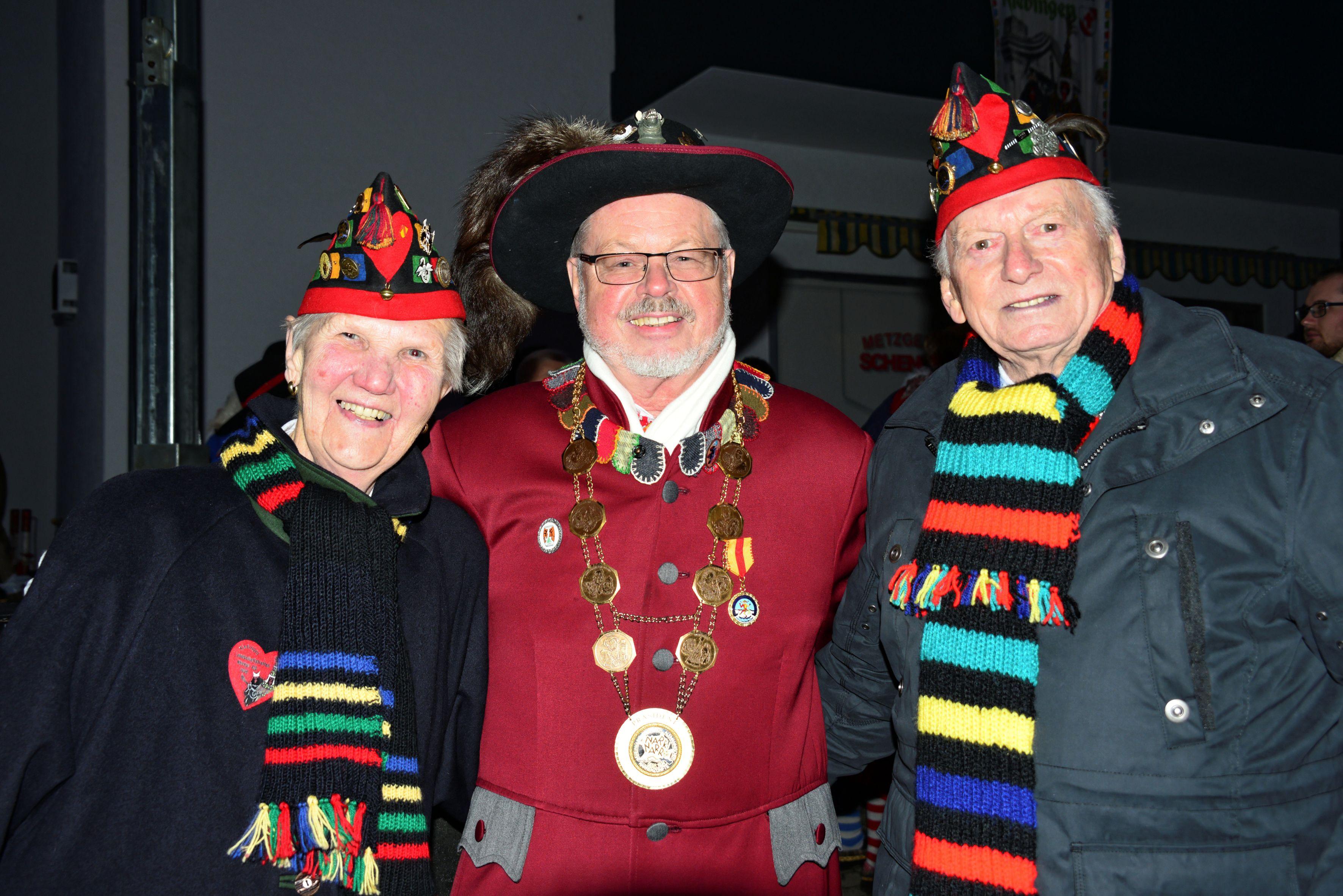 Präsident Roland Wehrle mit Ehrenzunftmeister Karl Gonser und Ehrenzunftschreiberin Trudl Gonser